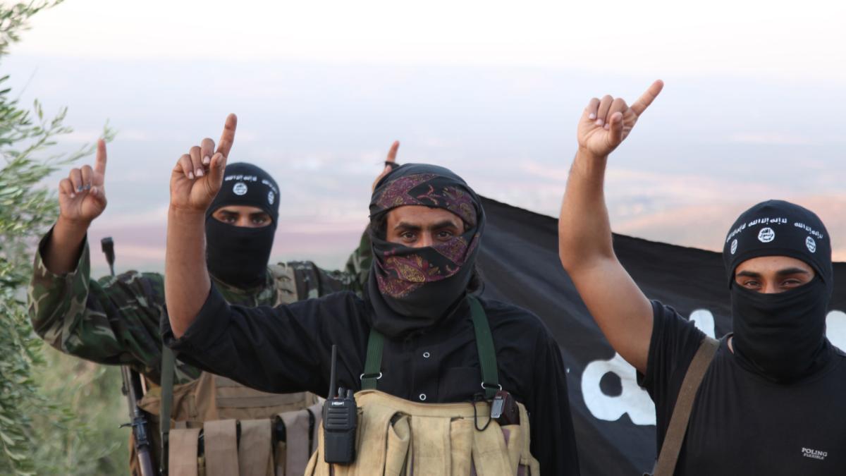 een-reis-door-de-islamitische-staat-666-1435849384